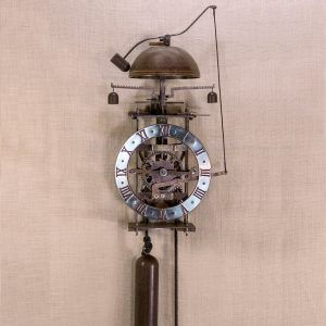 Foliot- reloj de pared de hierro con campana - Ardavín Relojes Siglo XV