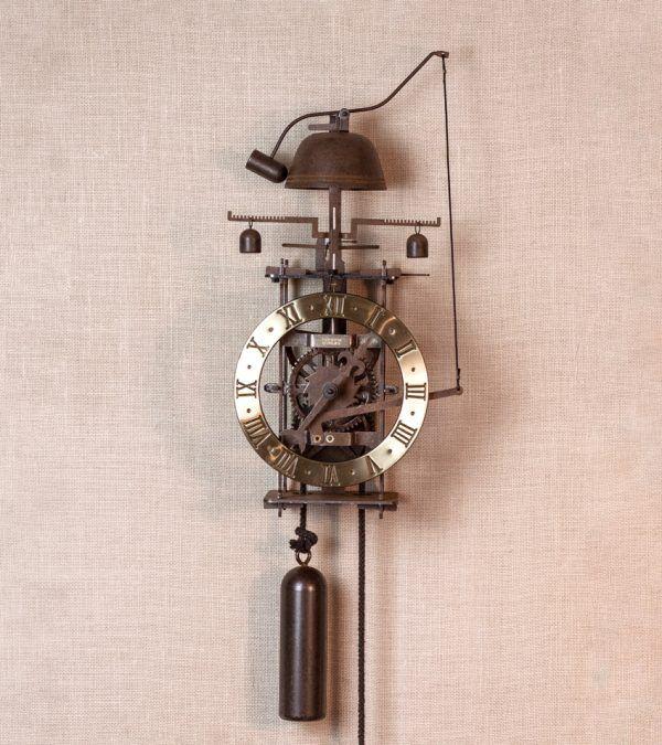 Vesperae oro - reloj de pared con campana | Ardavín Relojes Medievales