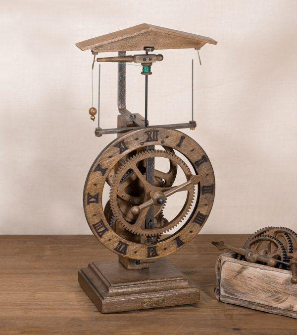 Clausen Madera-Reloj centrífugo de mesa-Ardavín Relojes Siglo XV