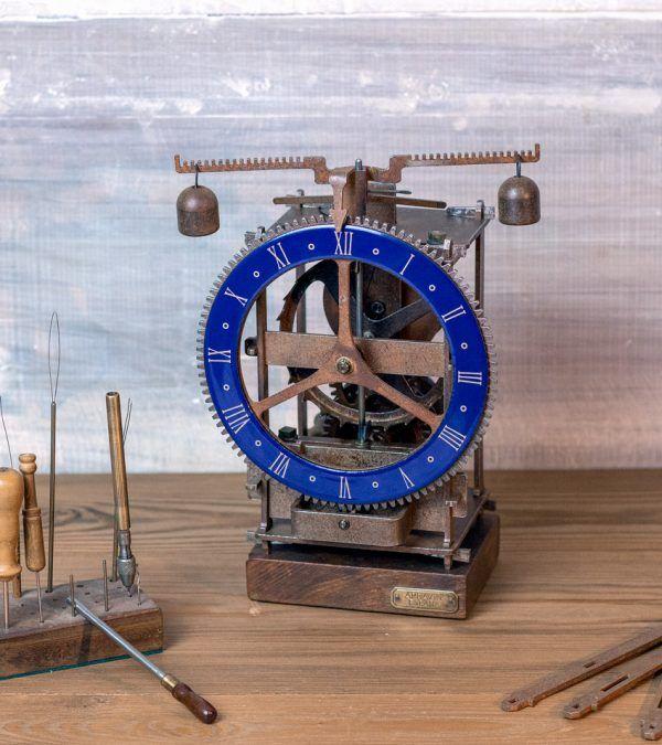 Immanuel Azul Esmaltado- Reloj mesa antiguo- Ardavín Relojes Sig XV