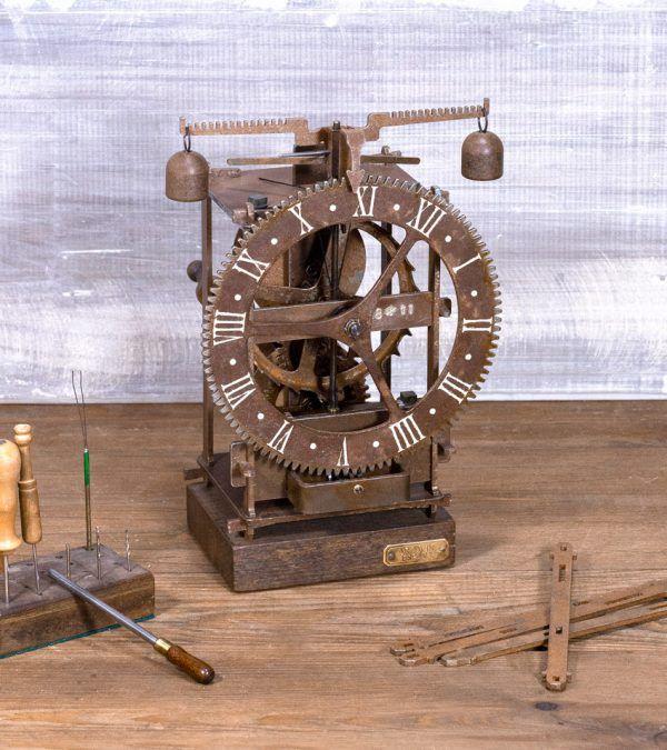 Immanuel Óxido- Reloj de mesa antiguo - Ardavín Relojes Siglo XV